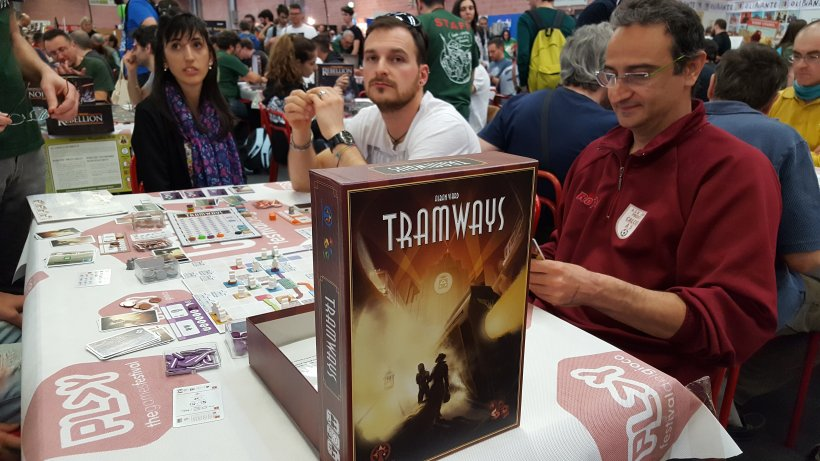 alle prese con Tramways all'area Magnifico