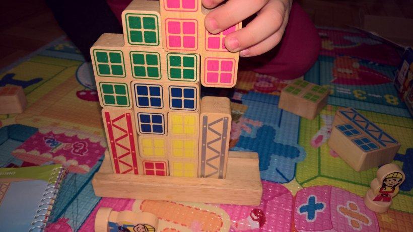 Bill & Betty Bricks palazzo in costruzione