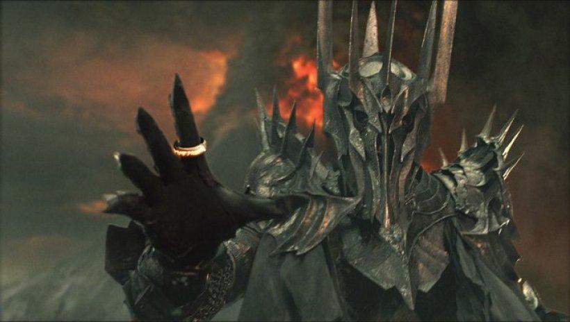 Sauron, celebre collezionista di Anelli.