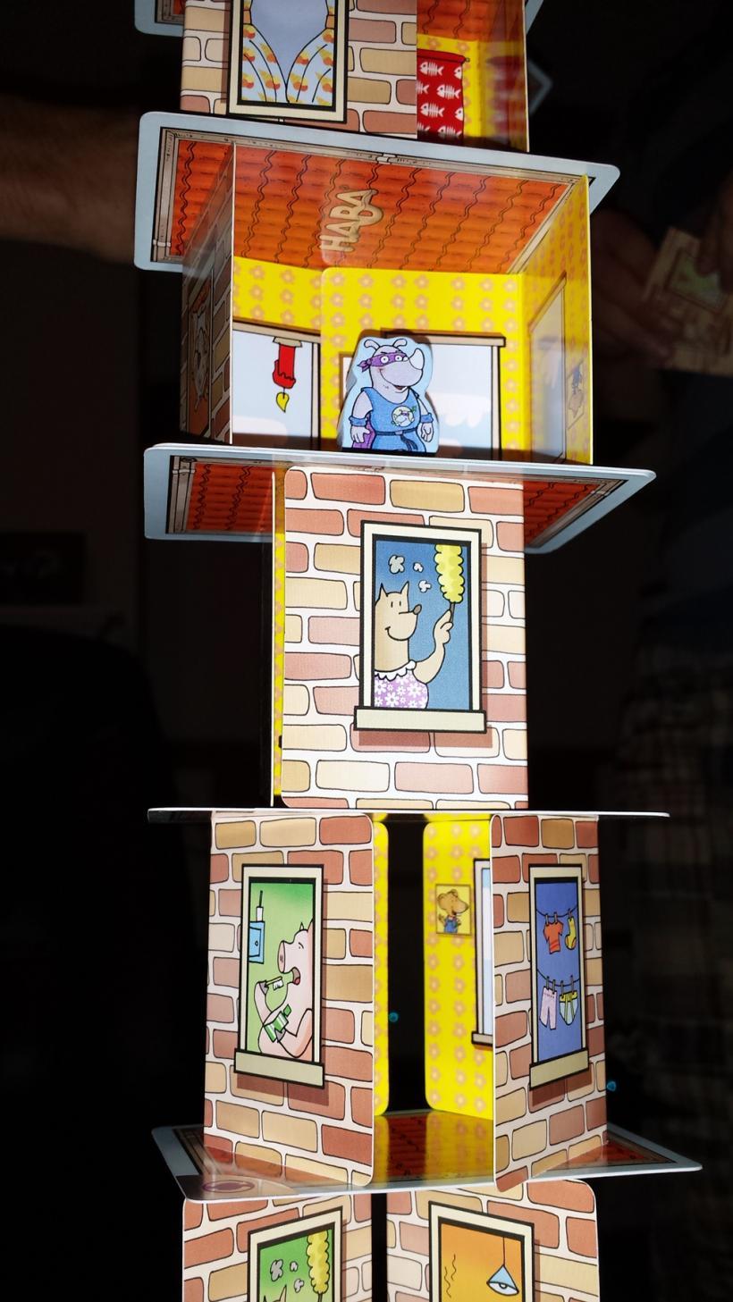 Rino Ercolino: grattacielo di carte