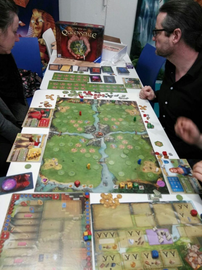 partita a The Rise of Queensdale