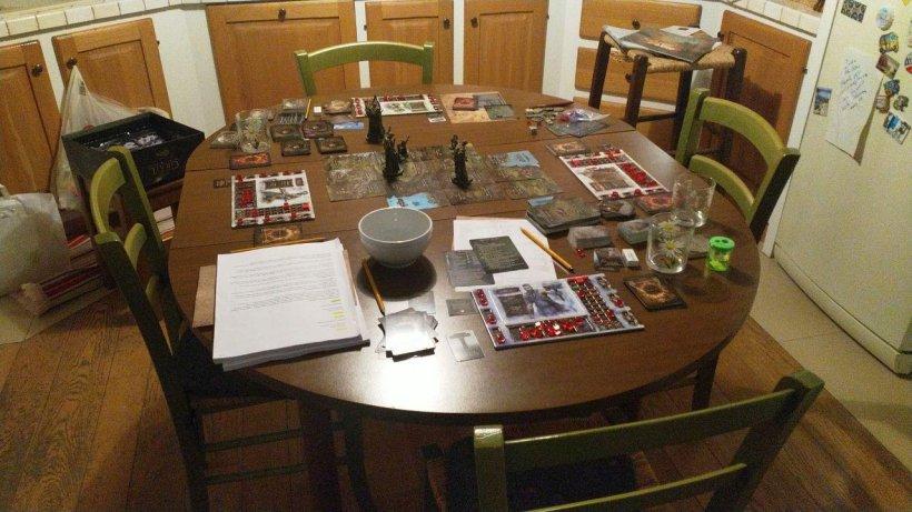 Tainted Grail: postazione di gioco