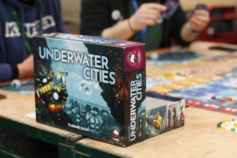 Underwater cities: tavoli di Play