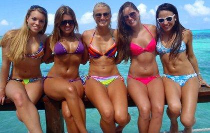 ragazze in bikini