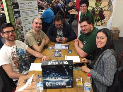 Detective: tavoli di Play