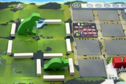 DinoGenics miniature