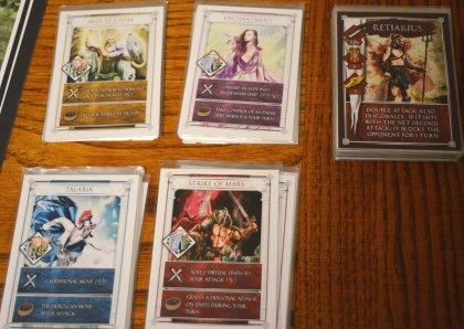 Carte divinità e gladiatori