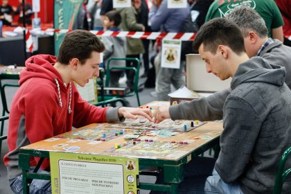 Play: tavoli di Heaven & Ale