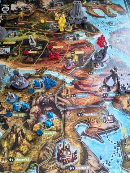 Lords of Hellas: partita in tre