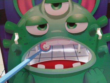 Monster Dentist: partita