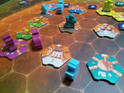 On Mars: partita in quattro