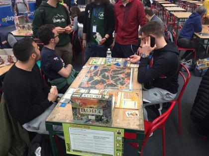 Root: tavoli Play 2019