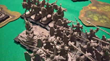 Runewars Miniatures Game: battaglia