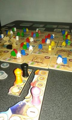 Five tribes durante una partita