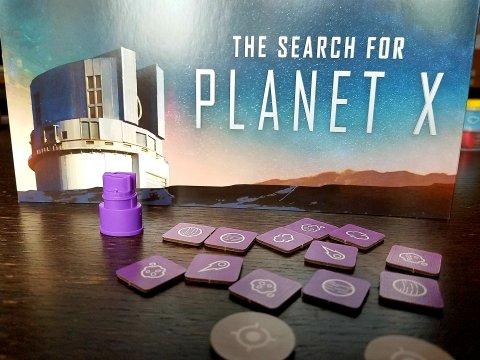 The Search for Planet X - segnalini, schermo e pedina