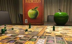[Solo sul mio tavolo] Newton