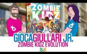Gioca Giullari Junior - Zombie Kidz Evolution, Gioco per bambini 7+ Salviamo la scuola dagli zombie!