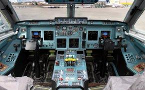 Cabina di pilotaggio Ilyushin II 96