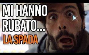 Welcome to...   MI HANNO RUBATO...LA SPADA
