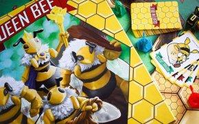 Copertina Queen Bee