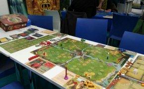 The Rise of Queensdale: tavolo apparecchiato