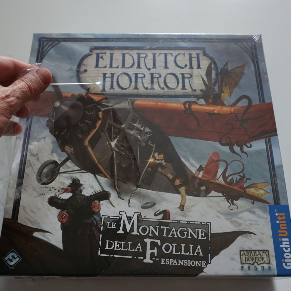 Eldritch Horror Le Montagne della Follia: via il cellophane
