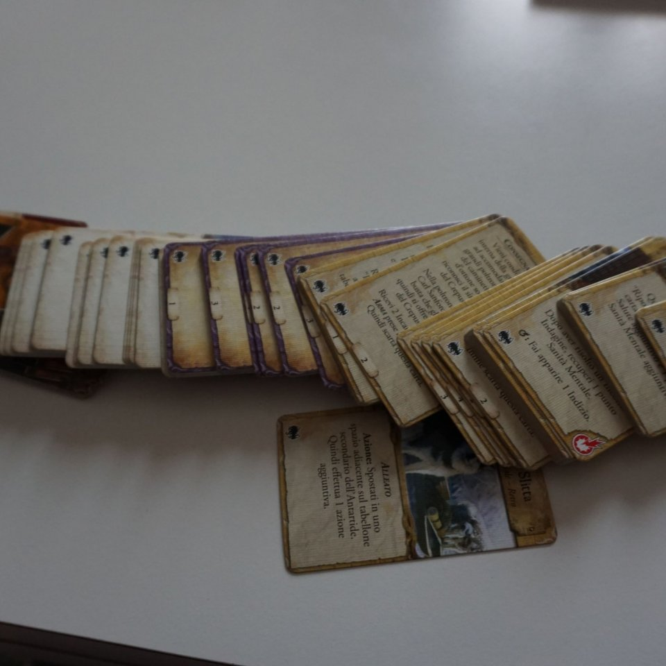 Eldritch Horror Le Montagne della Follia: carte