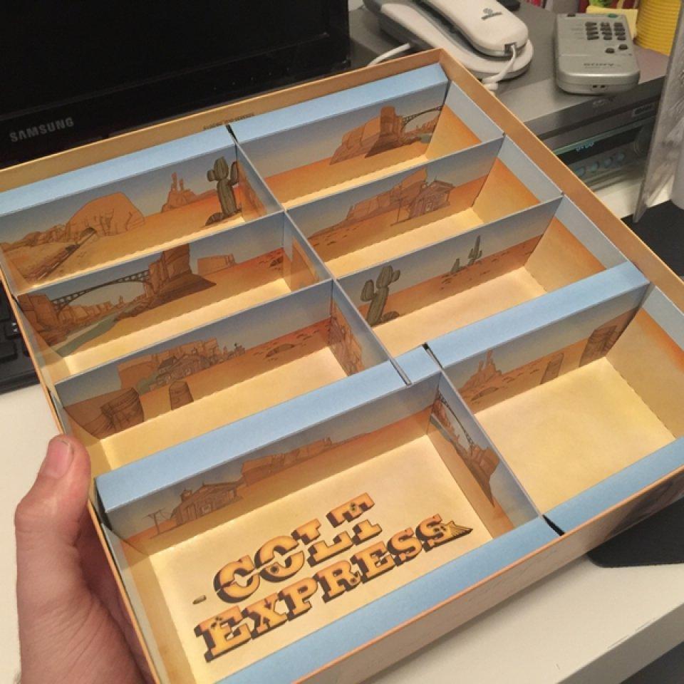 Colt Express: interno scatola completo