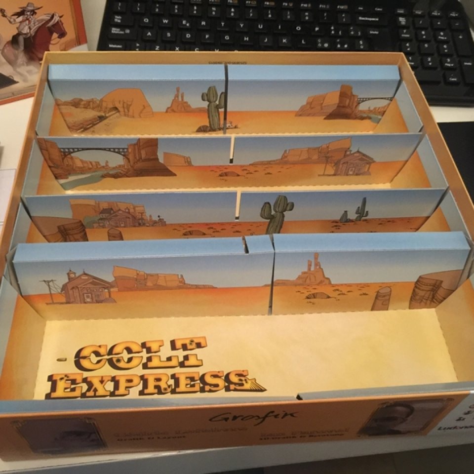 Colt Express: interno scatola