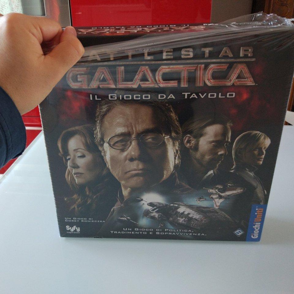 battlestar_galactica_scatola