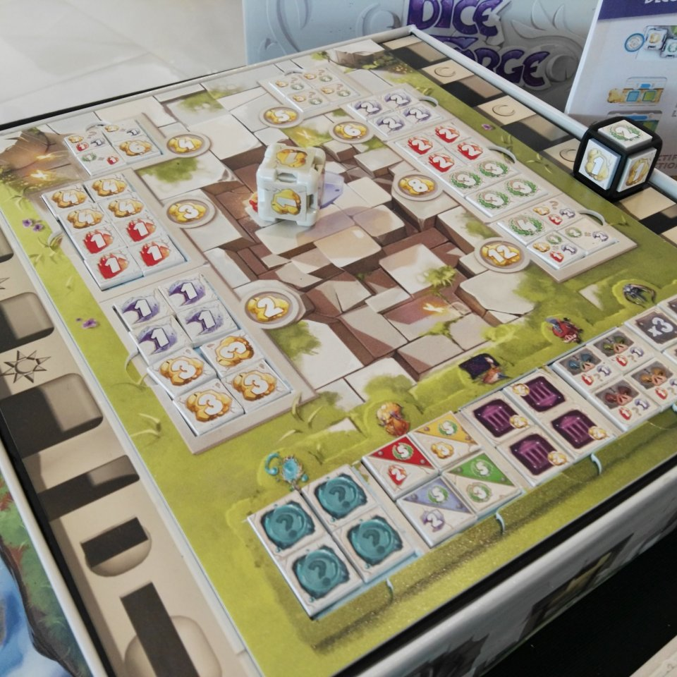 Festival International des Jeux a Cannes: Dice Forge, tabellone