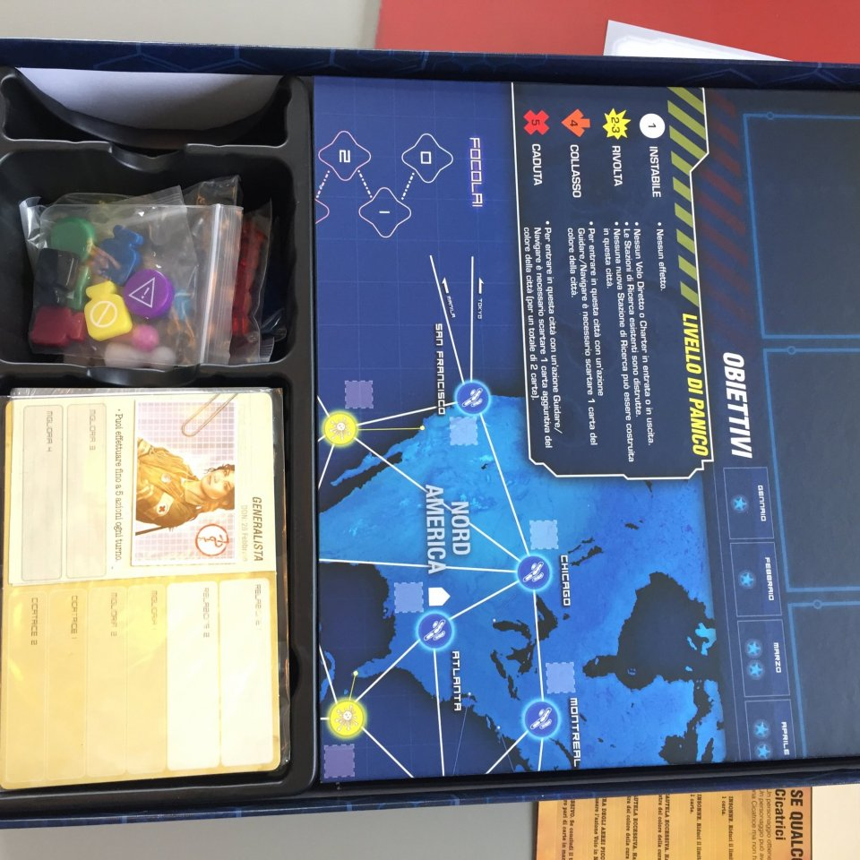 pandemic-legacy-interno-scatola